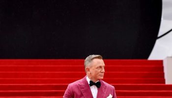 daniel-craig-wore-tom-ford-the-no-time-to-die-world-premiere