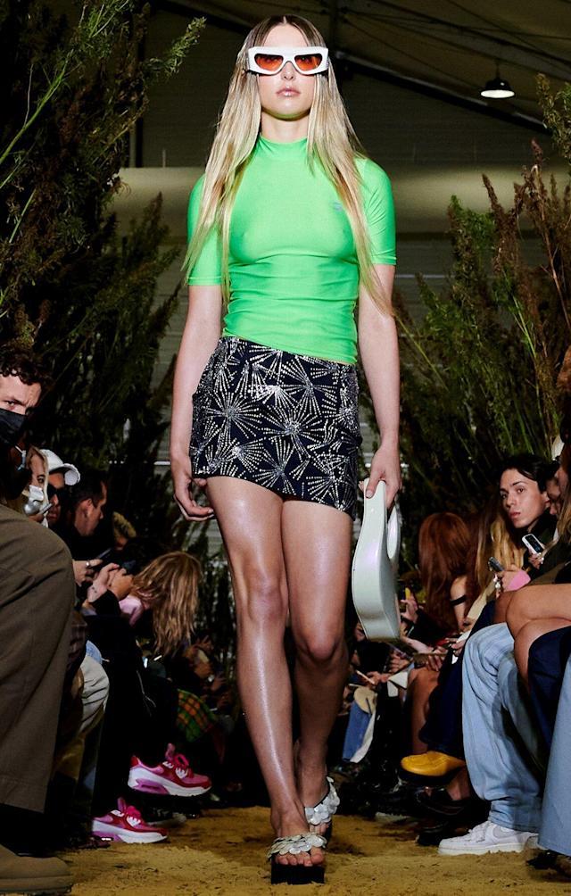steve-jobs-daughter-eve-makes-her-fashion-week-debut-in-paris