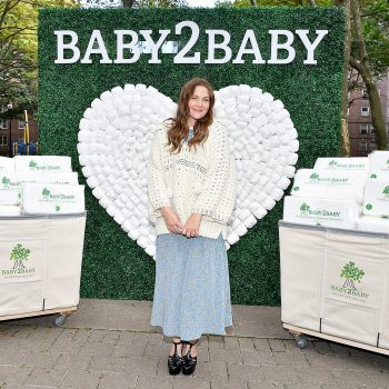 baby2baby-holds-baby2baby-hearts-ny-a-covid-relief-diaper-distribution-event-with-drew-barrymore-as-part-of-20-millon-diaper-pledge-to-state-of-new-york