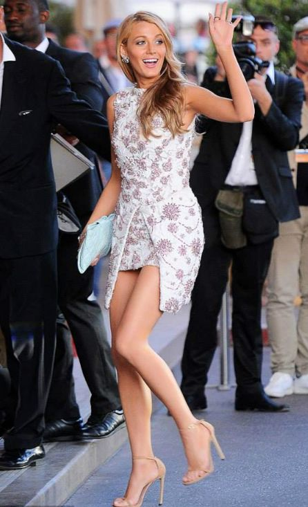 Blake Lively best dressed in Giambattista Valli Haute Couture lilac floral embellished mini dress Cannes2014 film festival