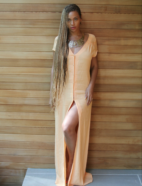 Carters Hamptons10 Beyonce in Braids