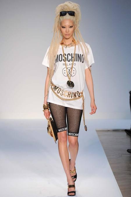 Moschino- Spring- 2015 -Menswear YVL_4757.450x675