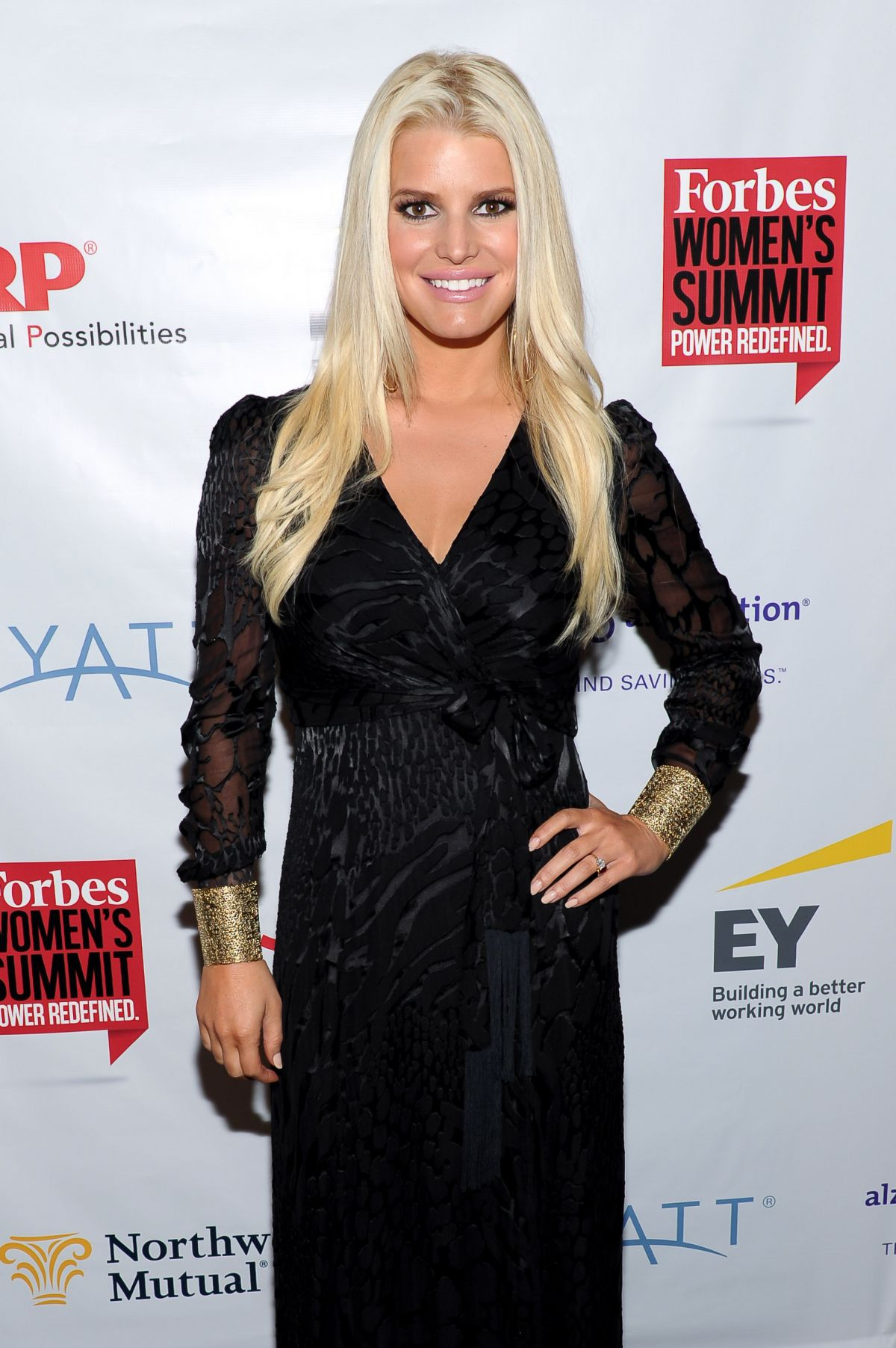 jessica-simpson-at-forbes-women-s-summit-in-new-york_1