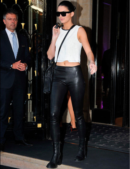 kendall-jenner-kim-kardashian-out-and-about-paris-france-22-may-2014-rex_GA