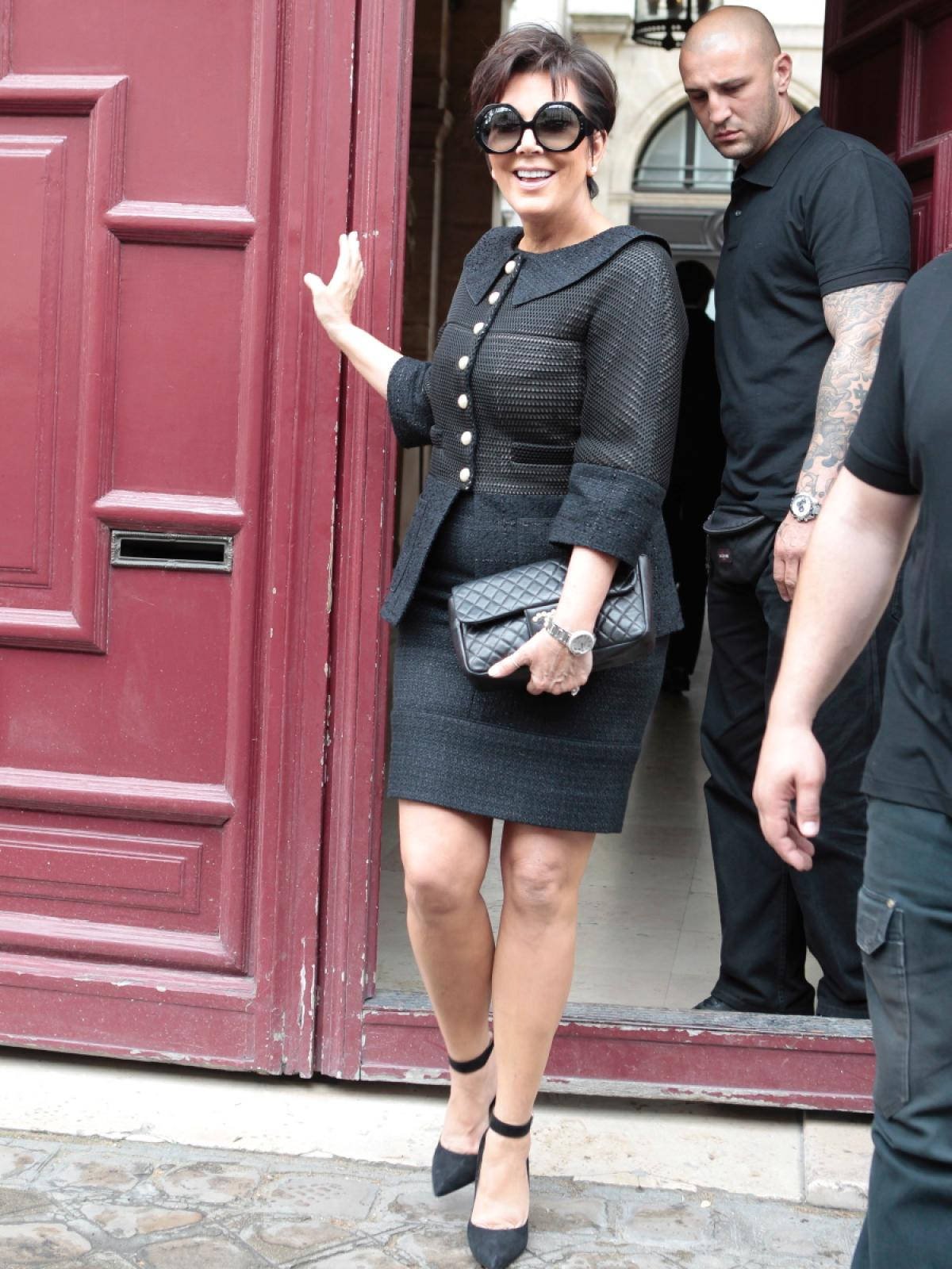 Kris Jenner leaving Kanye West Paris apartment