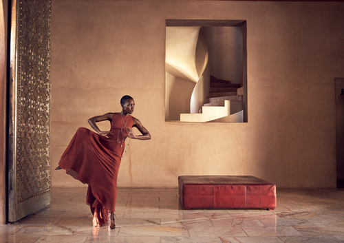 http://mskmorganpr.tumblr.com/post/89264789582/lupita-nyongo-covers-the-july-2014-issue-of-vogue